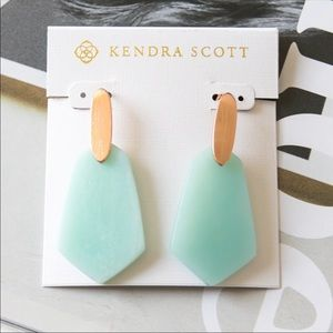 NWT Kendra Scott Camila Rose Gold & Teal Earrings